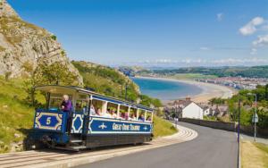 Bay-tramway