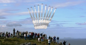 Red Arrows - fly-past-12-7-11-by-red-arrows-dun-skeig-clachan-in-memory-of-their-late-colleague-flt-lt-neil-maclachlan-1955-1988
